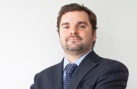 Conversamos con…el abogado Daniel Montalva por proyecto que regula cobro de estacionamientos